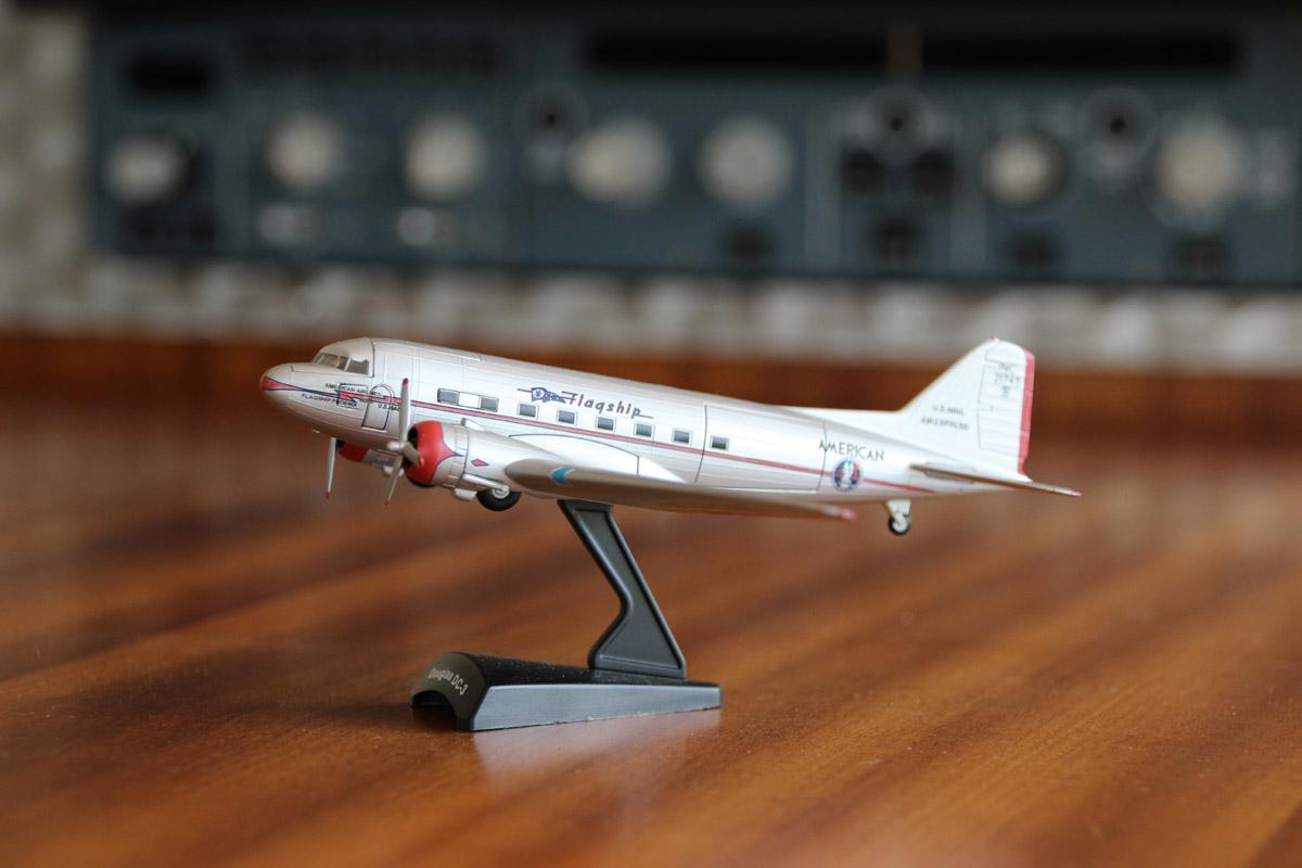 """Modell einer DC3 """"Rosinenbomber"""""""