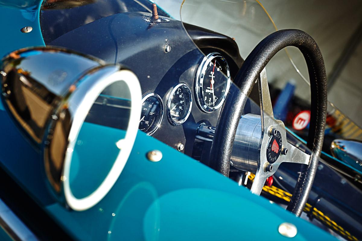 Cockpit des Brabham BT3