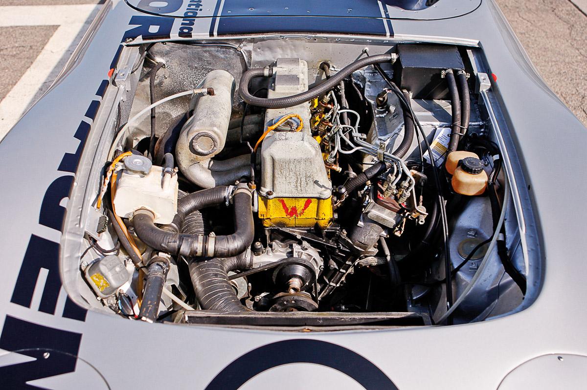 Dieselmotor des Opel GT Rekordwagens