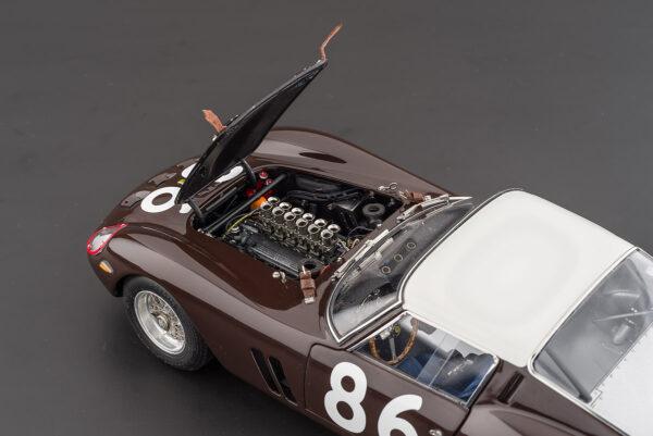 octane-magazin-shop_modelcars-m-156-157-46