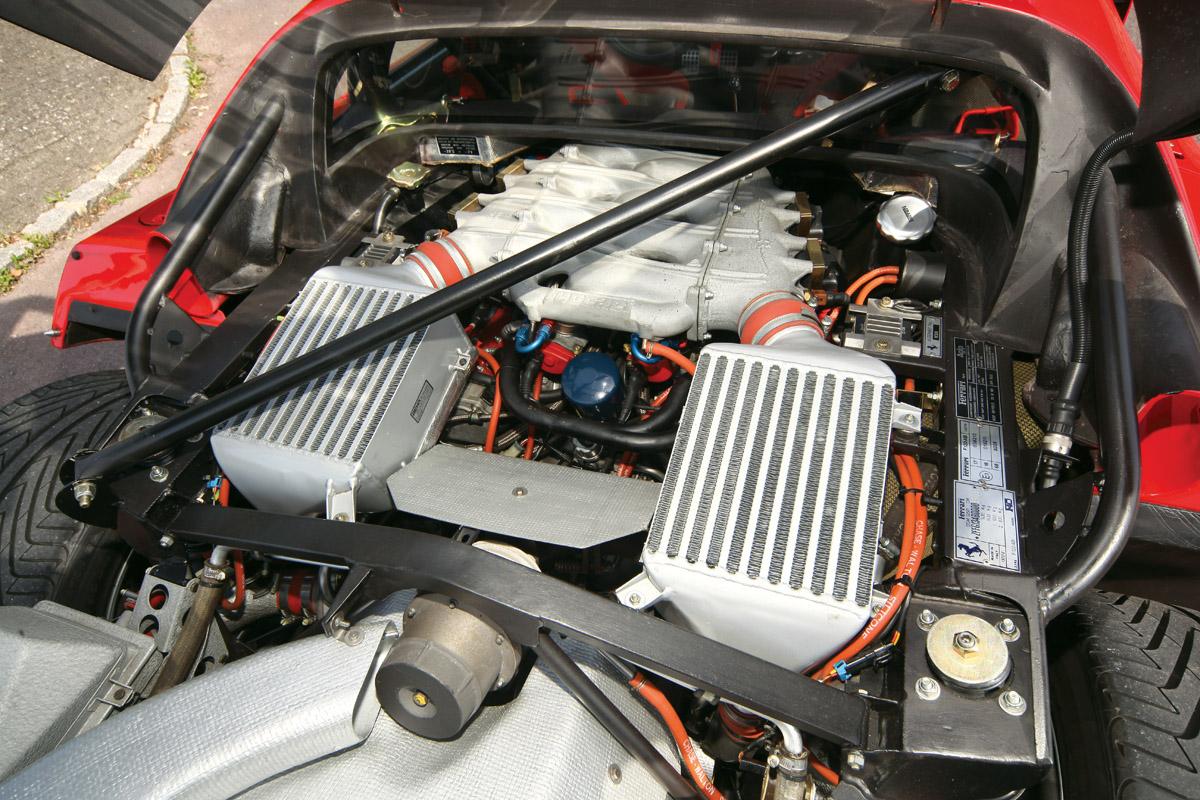 Motor des Ferrari F40