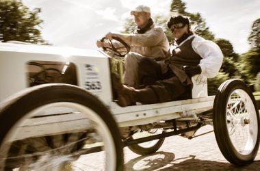 Opel-Rennwagen von 1903 bei der Kronprinz-Wilhelm-Rasanz