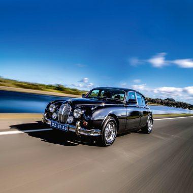 #45, Beacham, Jaguar Mk II, V8-Motor