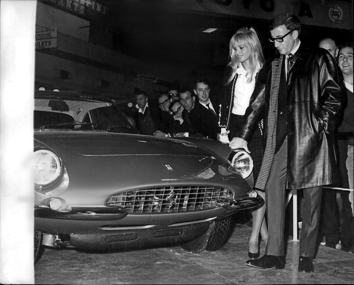 #34, Ferrari, 500 Superfast, Britt Ekland