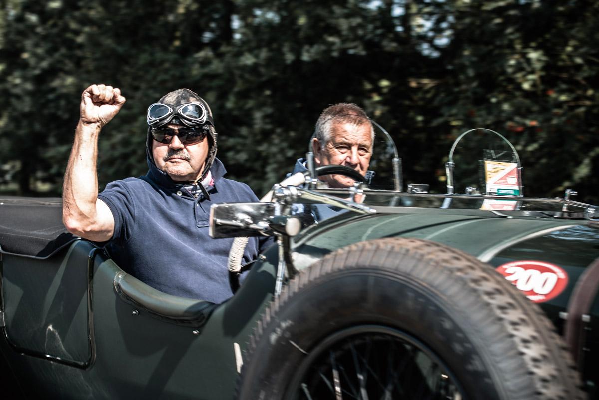 Mitglieder des Benjafield's Racing Clubs haben Spaß beim Fahren