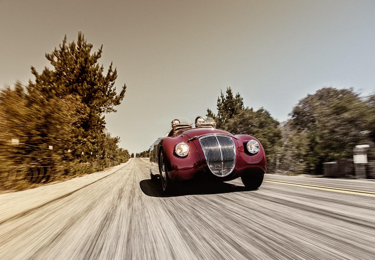 Andrea Zagato in seinem nachgebauten Lancia Aprilia Sport