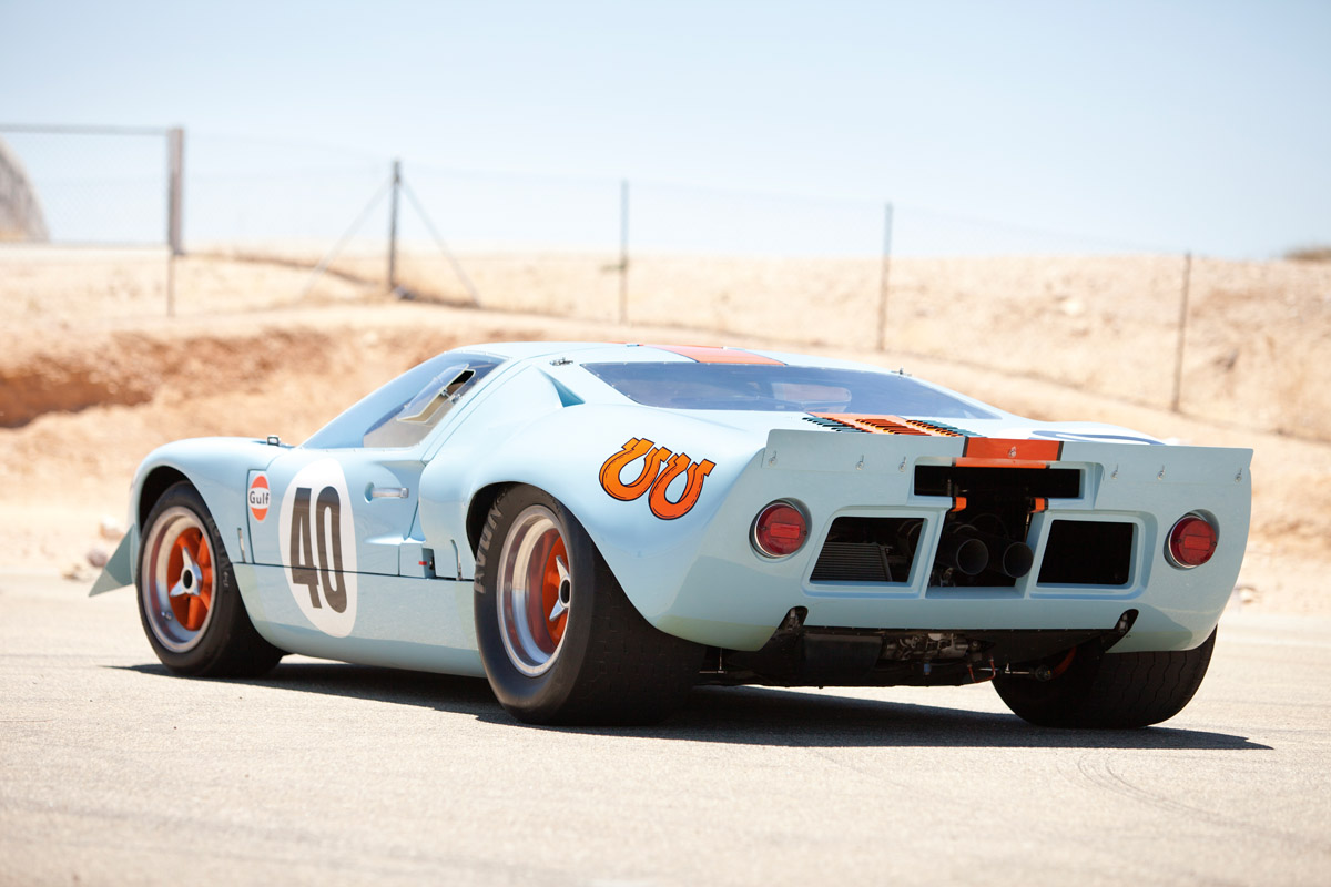 Ford GT40 1074 Heck