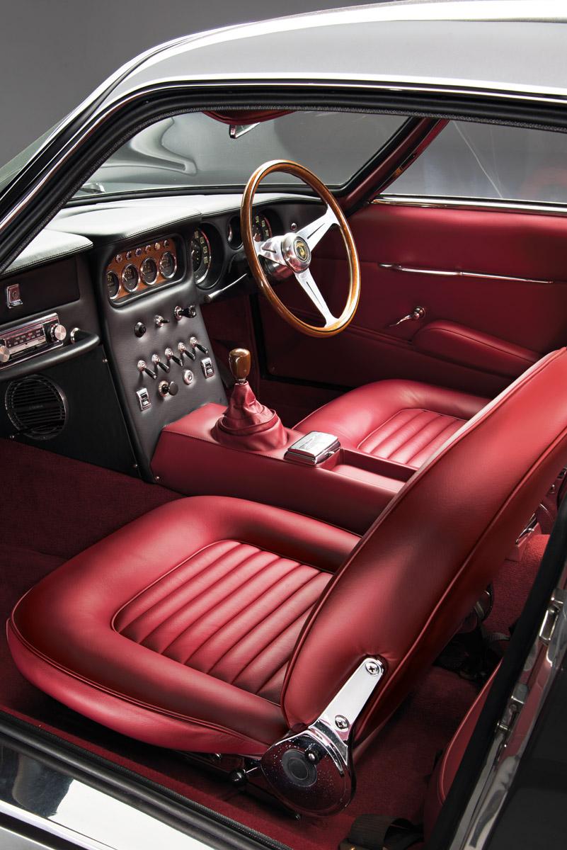 Cockpit des Lamborgini 350 GT