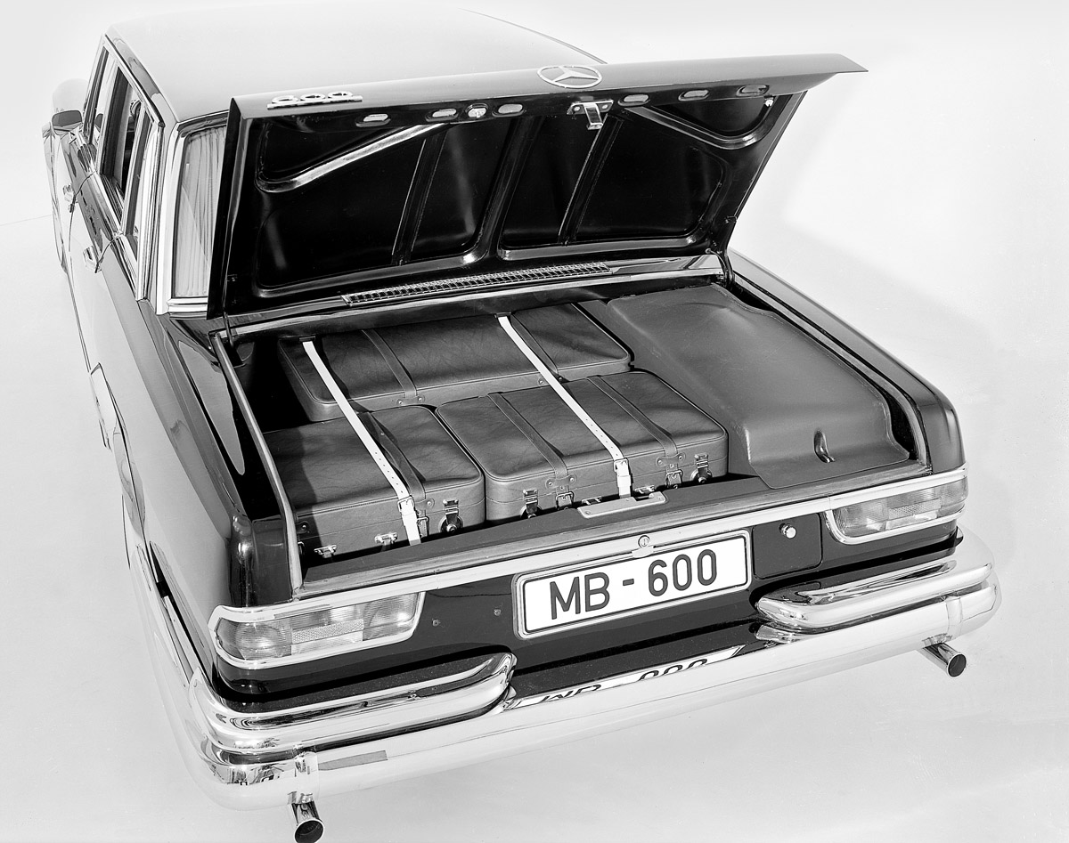 Kofferraum des Mercedes-Benz 600