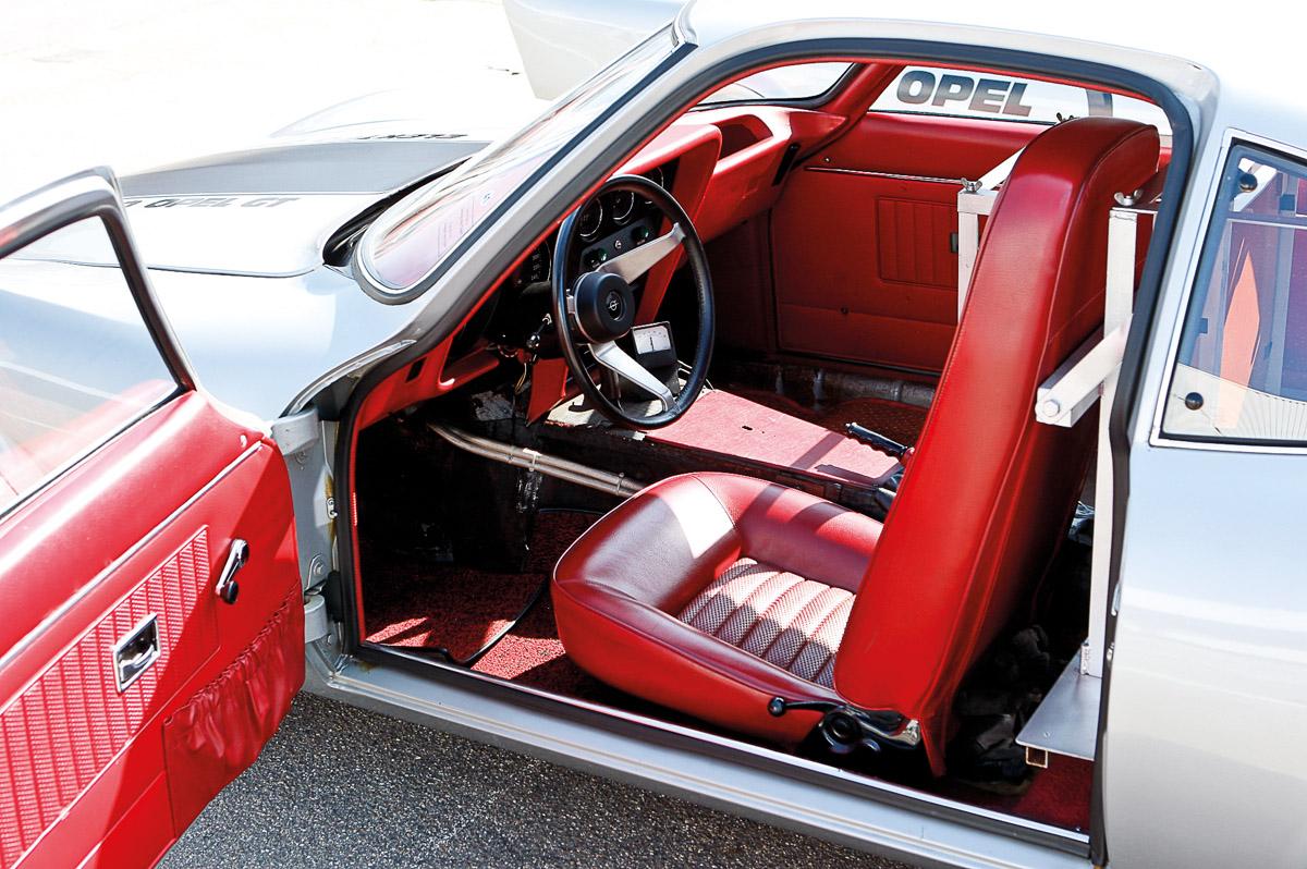 Detailaufnahmen des Opel GT Rekordwagens