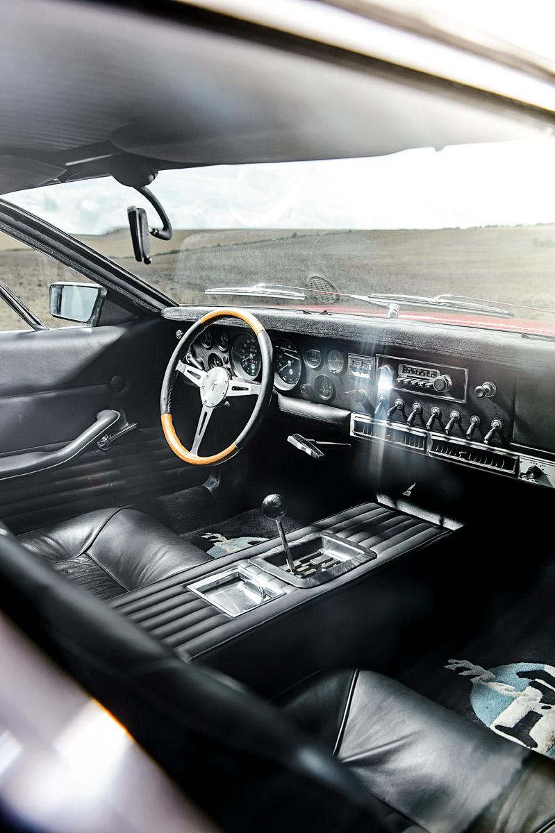 Cockpit des De Tomaso Mangusta