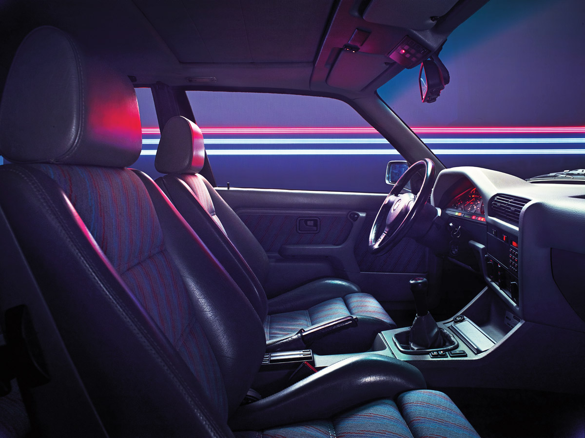 BMW E30 M3 Profil und Innenraum