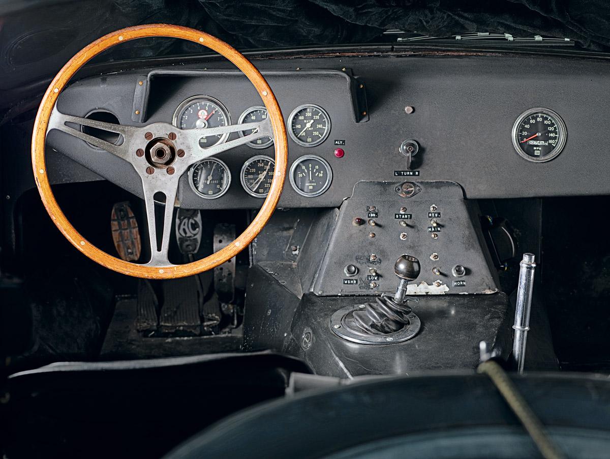 Cockpit des Shelby Cobra Daytona Coupés