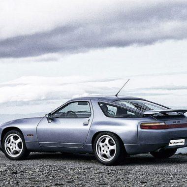 Porsche 928 stehend