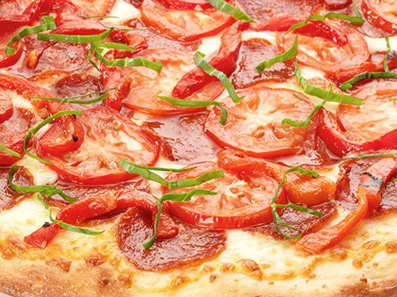 Detailfoto einer Pizza